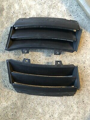 Ford Focus Rs Mk1 Front Bumper Vents Pair • 180£