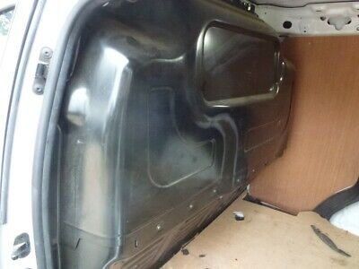 Ford Transit Courier 2014-2020 Bulkhead • 195£