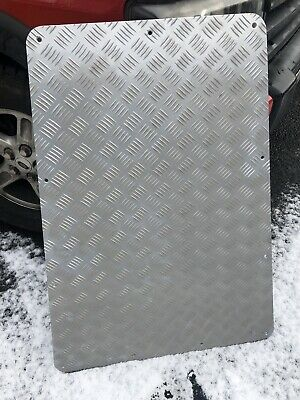 Land Rover Defender Bonnet Protector  Chequer Plate • 39.99£