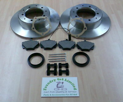 Land Rover Defender / Discovery 1 / Rr Classic Rear Brake Disc & Pad Kit  FK0131 • 56.20£