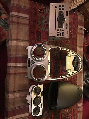 Vauxhall Corsa D Centre Console And Radio • 100£